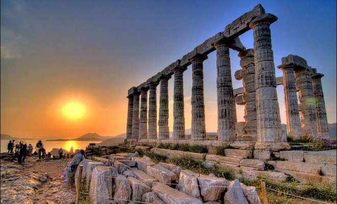 Best Romantic Honeymoon Destinations in Greece and Greek islands