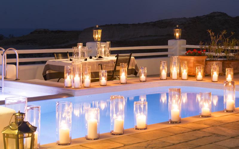 What are honeymoon amenities