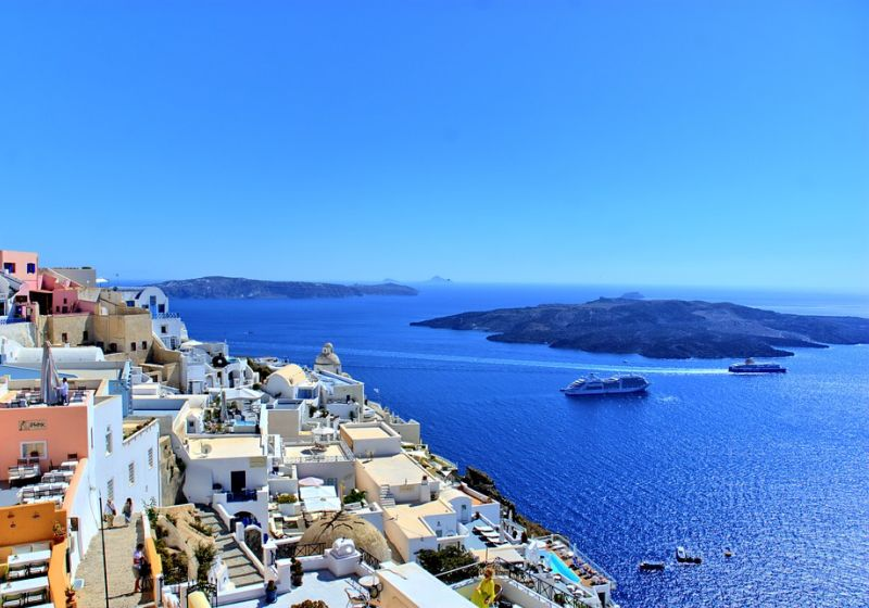 Why work with a local travel agent to plan your Greece vacation?