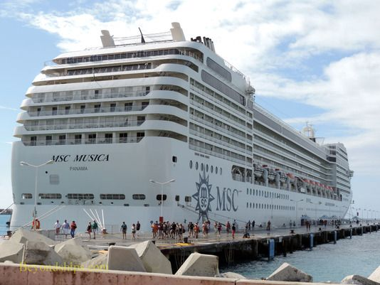 Round trip Mediterranean Cruise / Italy - Greece - Montenegro
